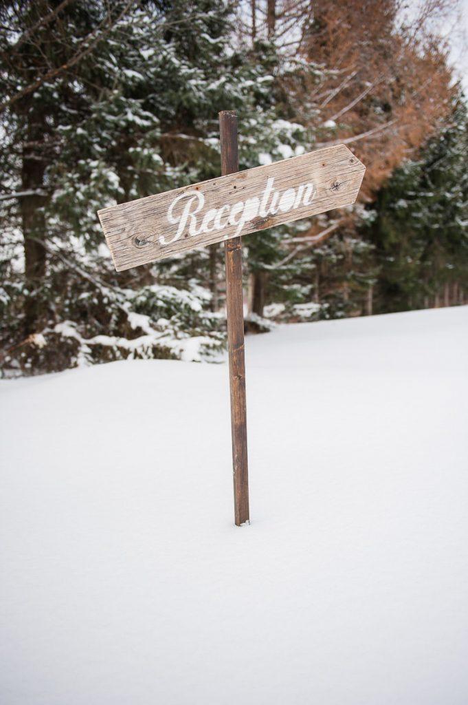 affiche bois reception mariee boheme hiver neige