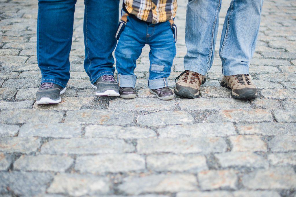 famille pied pave de pierre session de photographie chambly parc