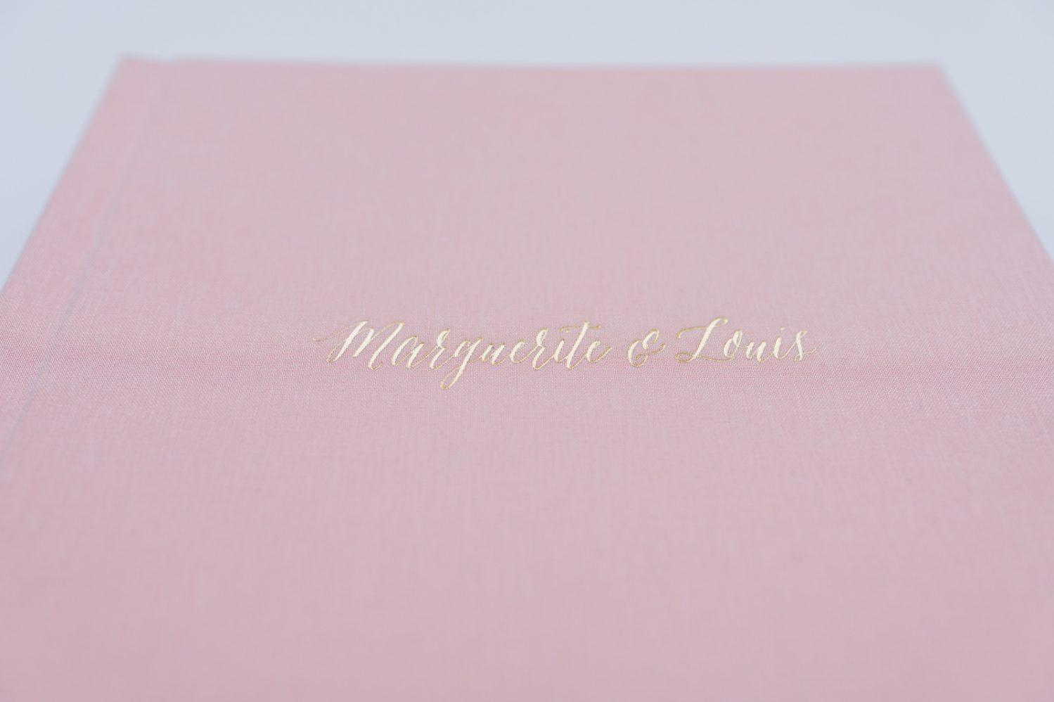 album-mariage-flushmount-page-rigide-en-carton-fait-au-canada-nadine-gregoire-photographe